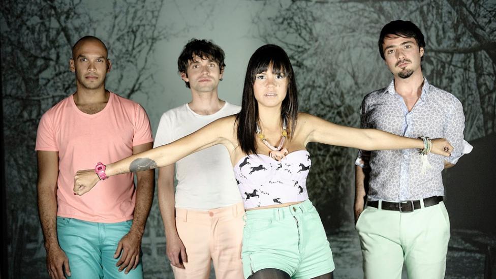 Ponle play: discos nuevos de Bomba Estéreo, Cage the Elephant y Photay